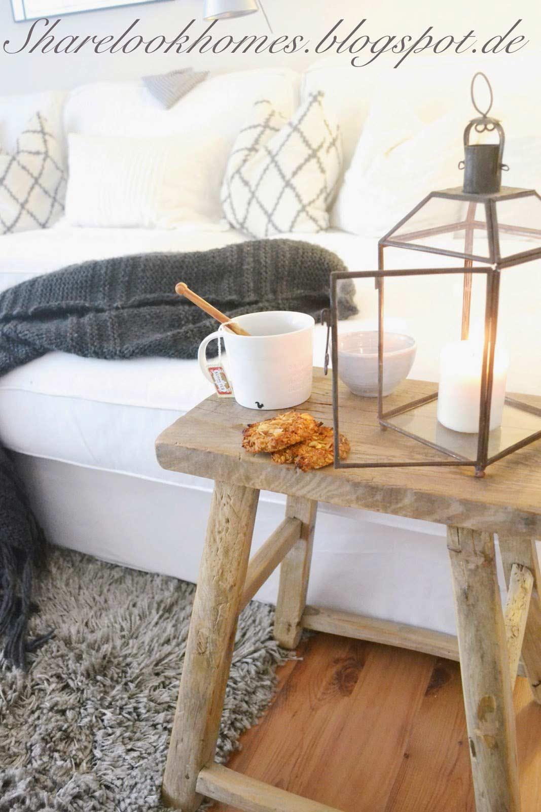 Holzhocker-weisses-sofa