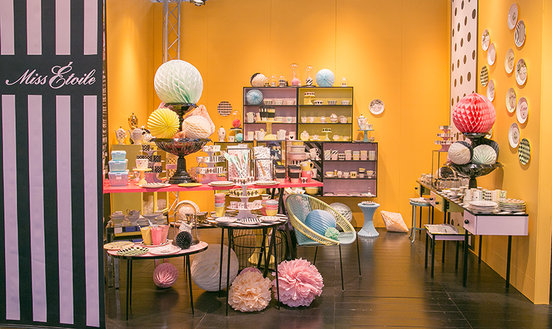 Miss-Etoile-Stand-Ambiente-2015-g
