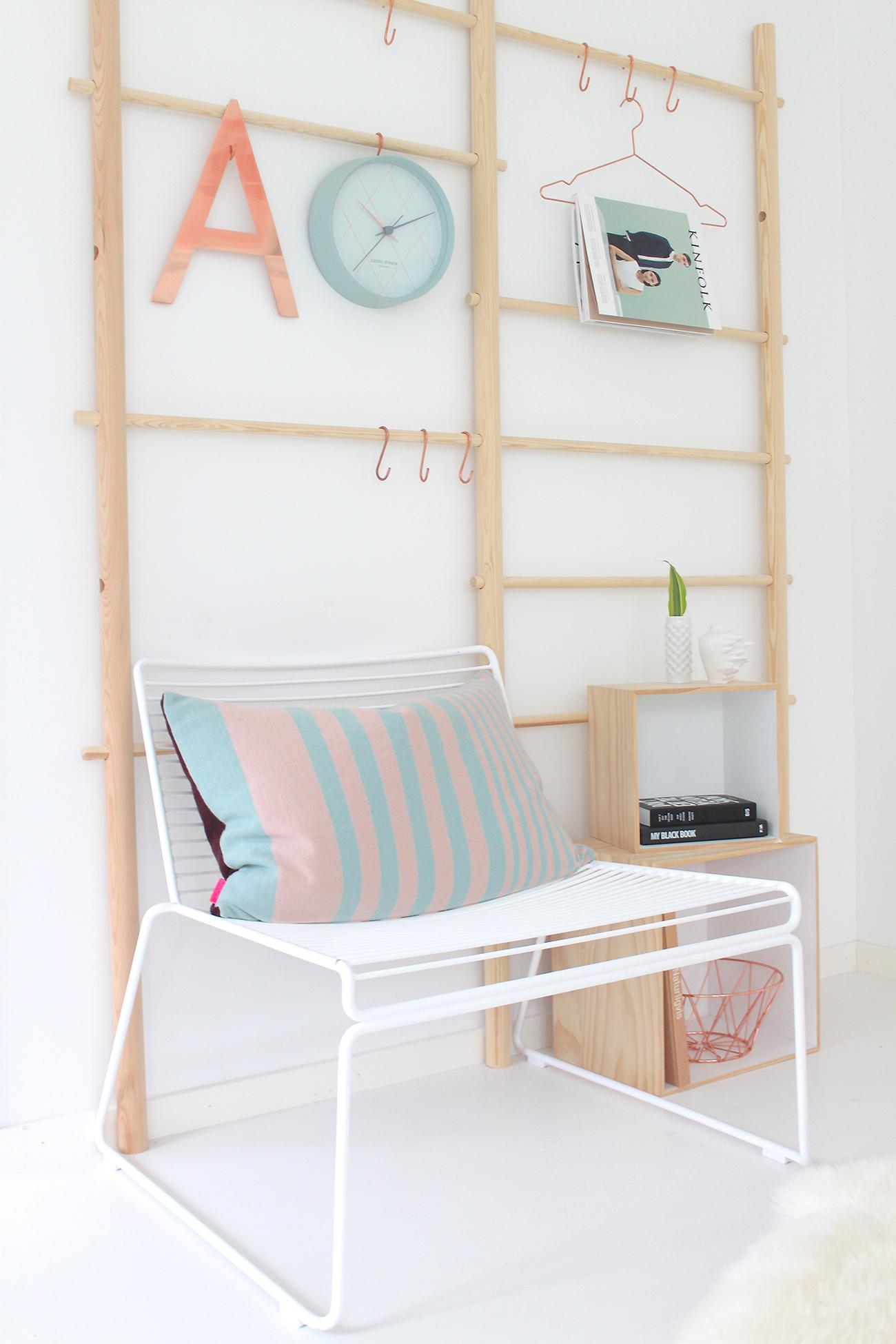 das schlafzimmer der skandinavischen bloggerin julie hole wohnkonfetti. Black Bedroom Furniture Sets. Home Design Ideas