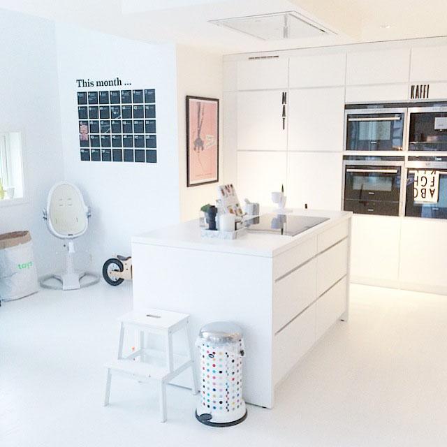 k che im skandinavischen stil von julie hole wohnkonfetti. Black Bedroom Furniture Sets. Home Design Ideas