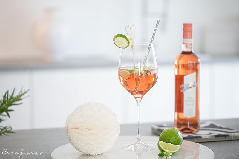leckerer-aperitif-mit-rosewein