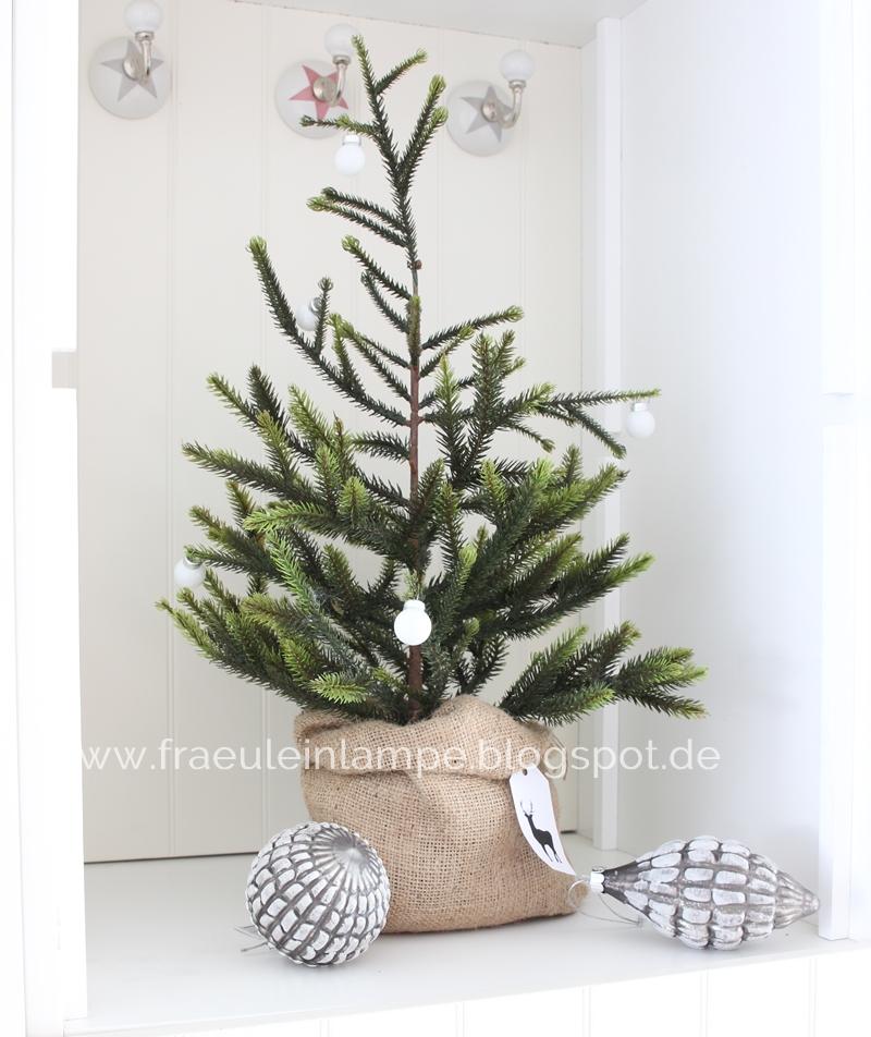 Weihnachtsbaum-im-Jutesack