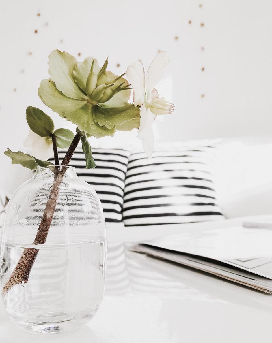 Wohnzimmer-schwarz-weiss-ideen