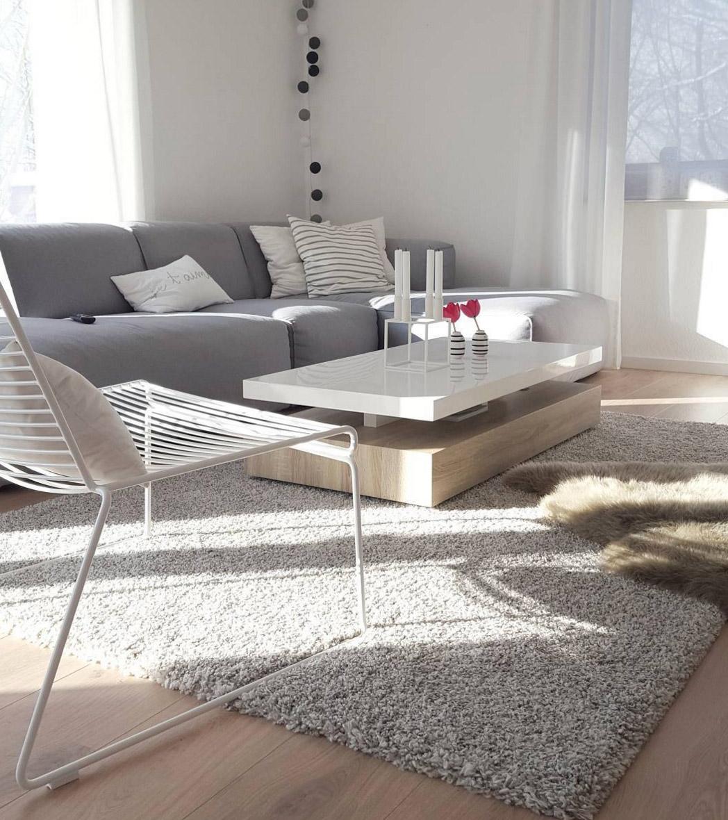graues-sofa-kubisch
