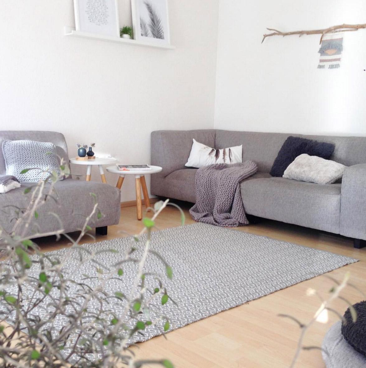 graues-sofa-minimalistisch-ideen-blog