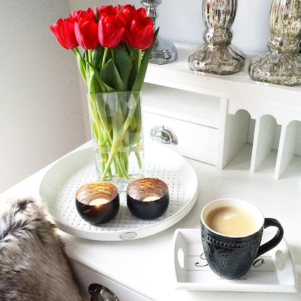 lieblingstasse-mit-tulpen