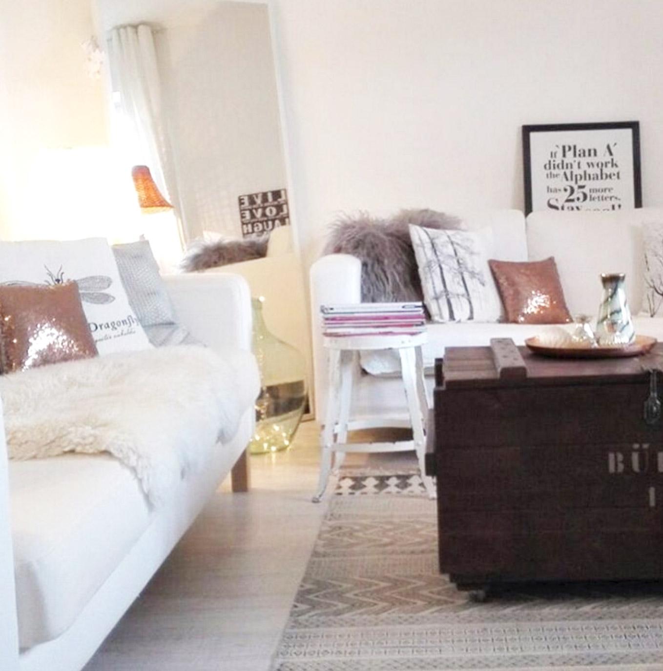 weisses-sofa-deko-ideen