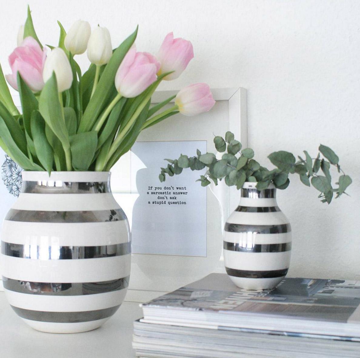 vase-silber-weisse-streifen