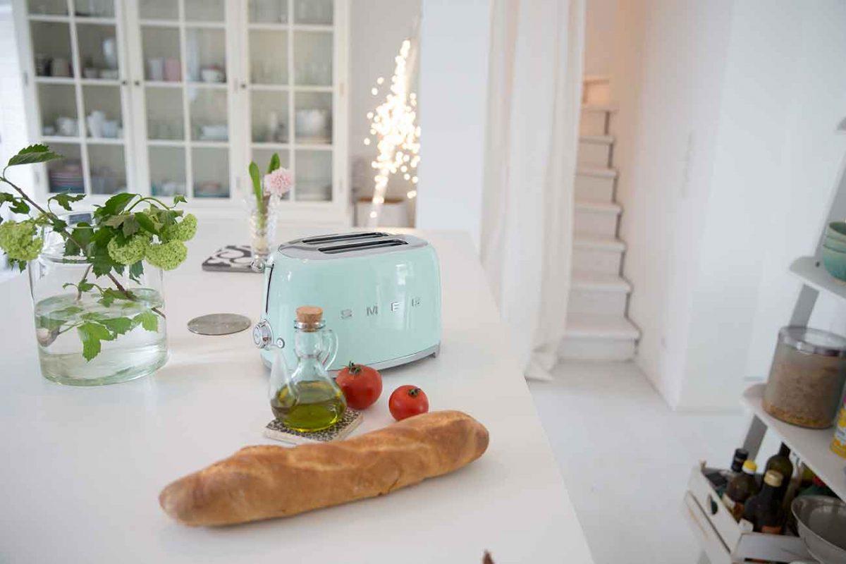 Juchuuu – Wohnkonfetti im neuen Design, ein kleiner Hinweis für eine Überraschung für euch und SMEG-Bilder aus der Küche