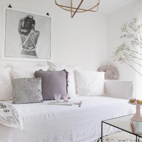 wei e k chen mit holzarbeitsplatten wohnkonfetti. Black Bedroom Furniture Sets. Home Design Ideas