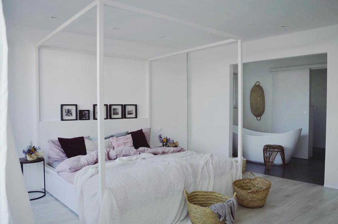stunning schlafzimmer und bad in einem raum images - house design, Schlafzimmer entwurf
