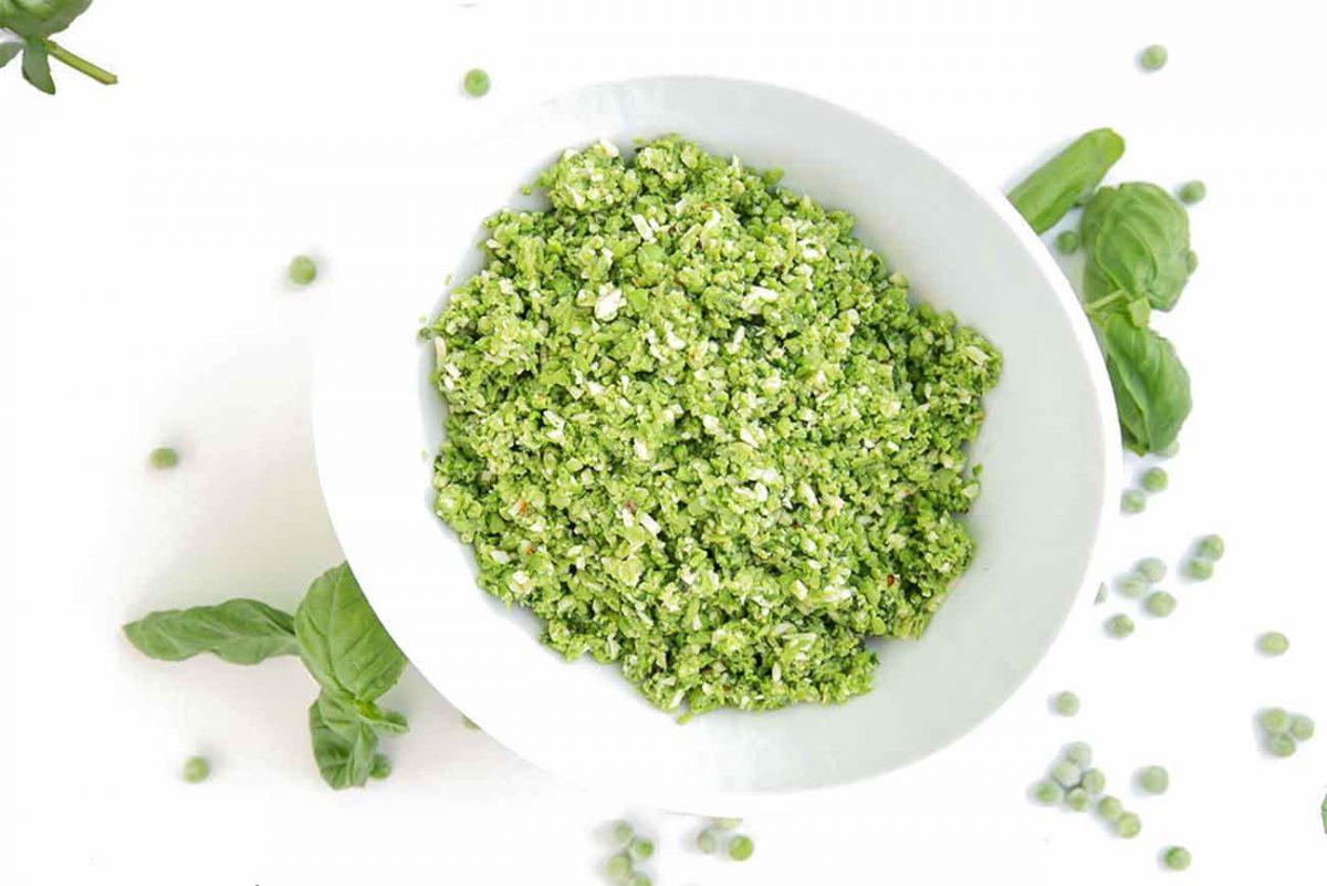 Ein Rezept für leckersten Erbsen-Basilikum-Aufstrich